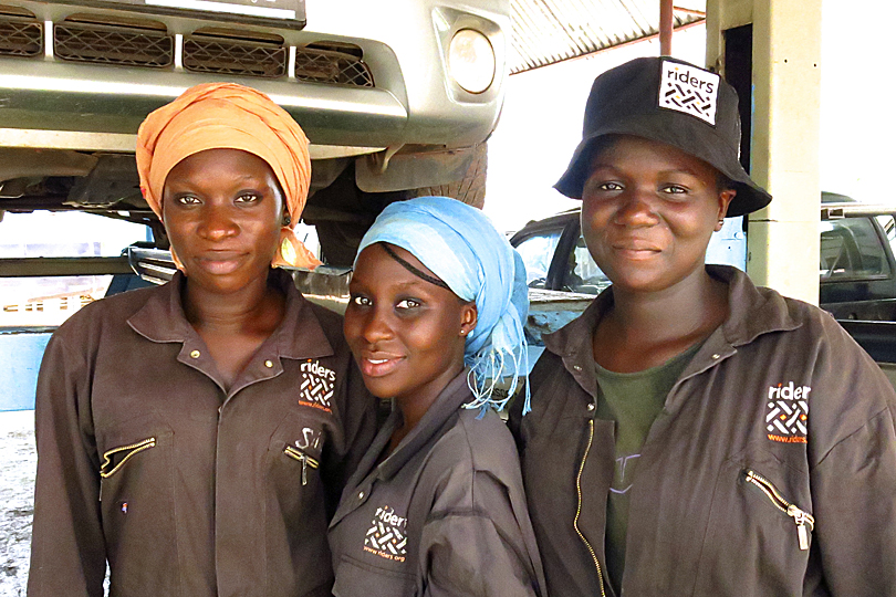 Trainee mechanics in the Gambia - 3 inspirational women